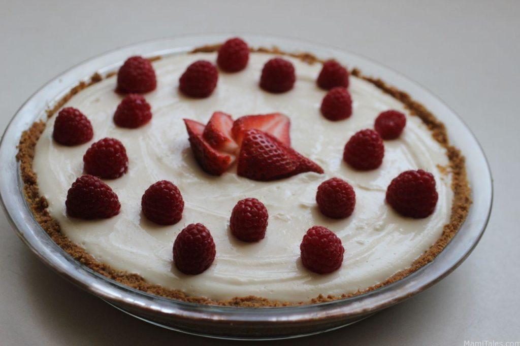 greek yogurt fruit pie