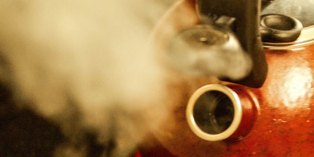 A picture of steam from a kettle